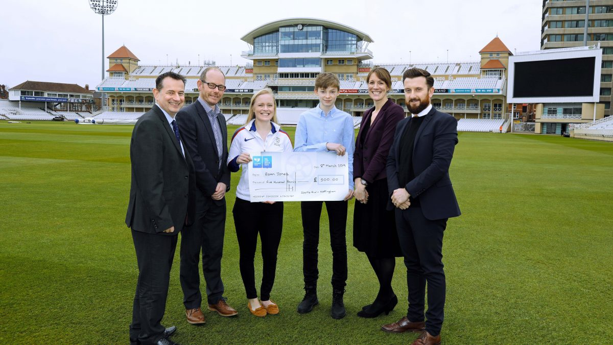 Roan Jones Sports Aid cheque - 1